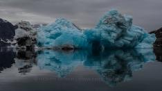 Blauer Eisberg im Scoresby Sund