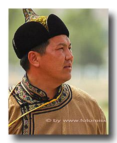 Mongole am Naadaam
