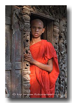 Pagoden - Tempel - Mönche